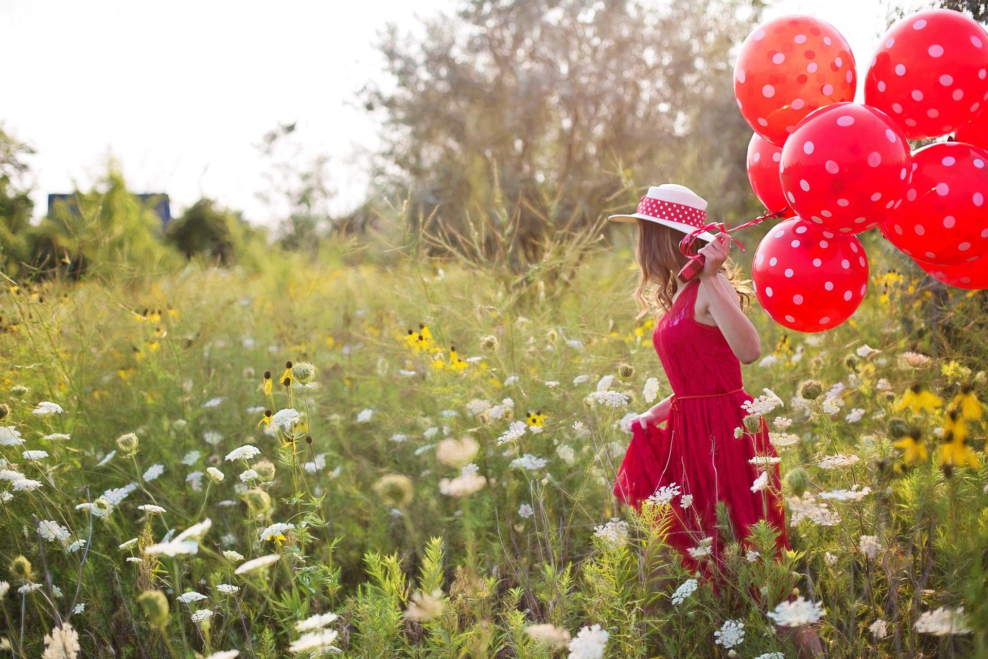 Balony reklamowe z nadrukiem – wznieś się ponad konkurencję!